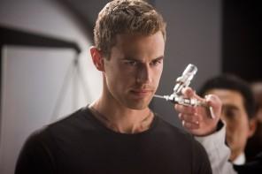 Theo James Interview | Insurgent Movie