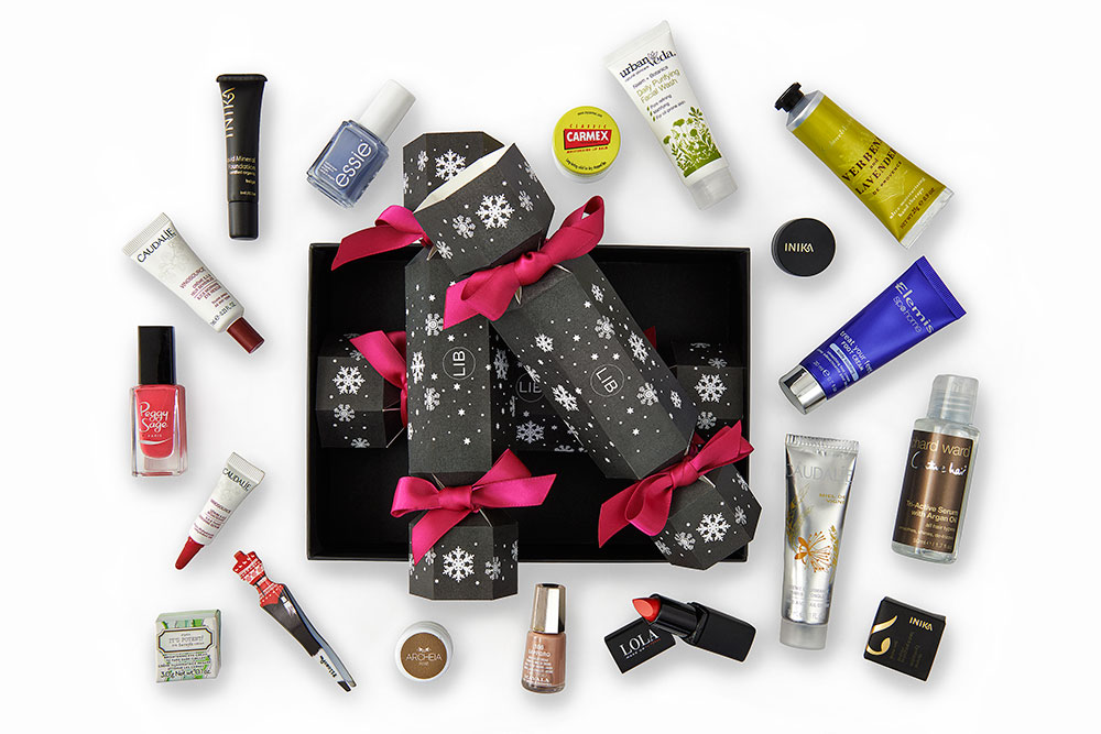 Latest in Beauty Christmas Cracker Gift Set