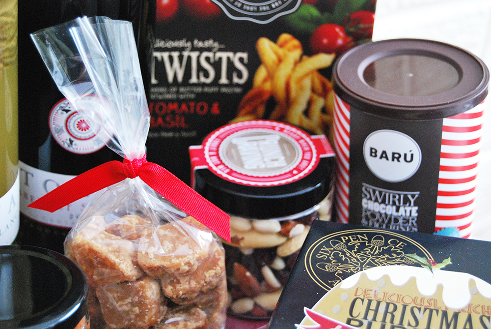 buy-a-gift-hamper-for-christmas