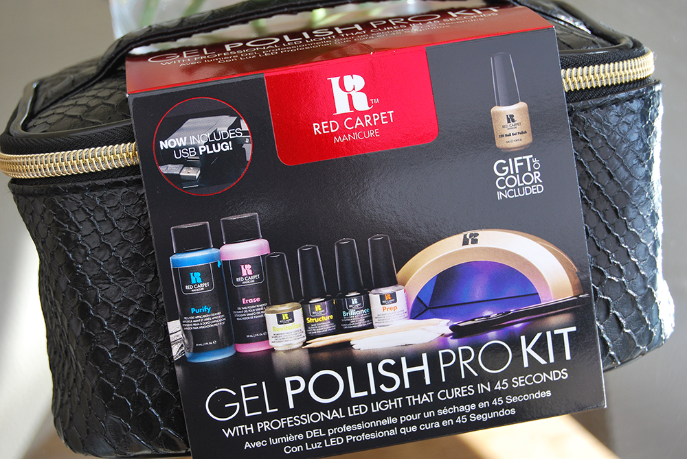 red-carpet-manicure-gift-set-for-christmas