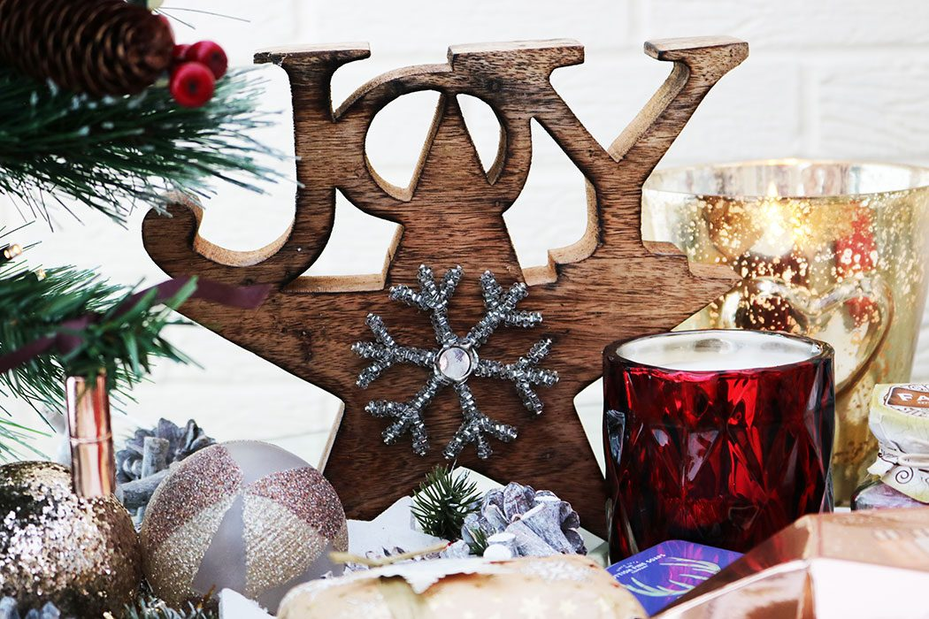 Stylish Christmas Home Decor With