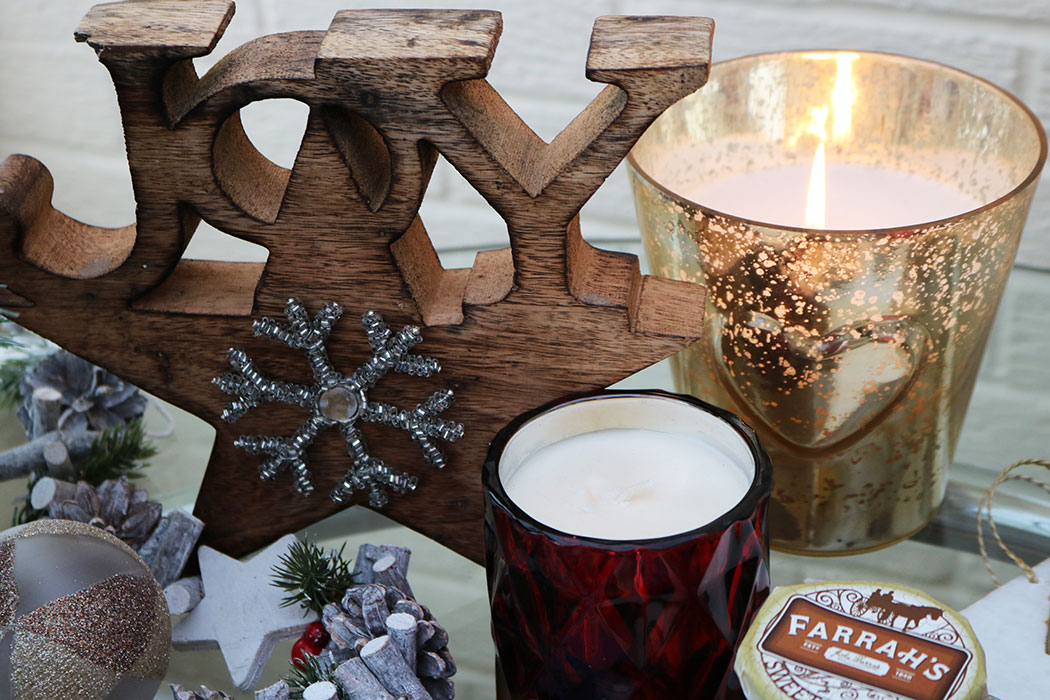 Stylish christmas home decor with homesense for Coffee tables homesense