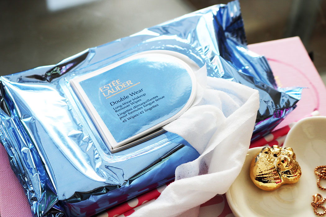 estee lauder double wear wipes