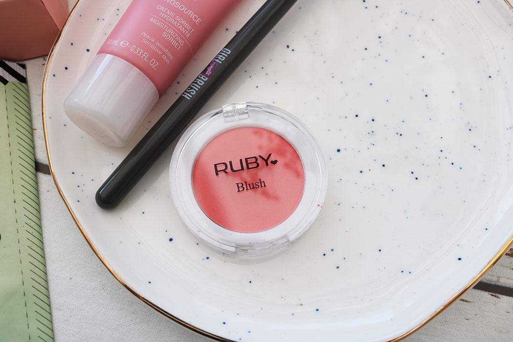 ruby blush glossybox