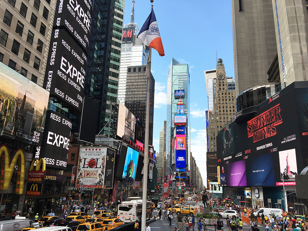 Restaurants And Bars Off Times Squre