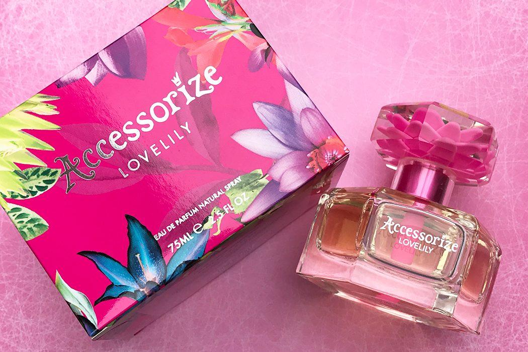 accessorize love lily